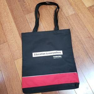 🆕️3/$30🌤NWOT Toshiba Shoulder Bag